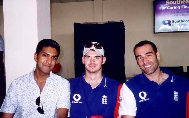 Tawhid Qureshi with James Anderson and Richard Johnson of the England Cricket Team at Dhaka Airport