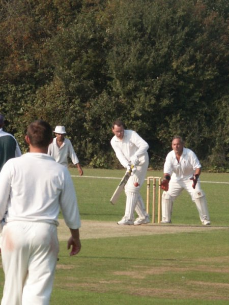 Dodgers v Buckhurst Hill 5 September 2004 - Simon Cousins