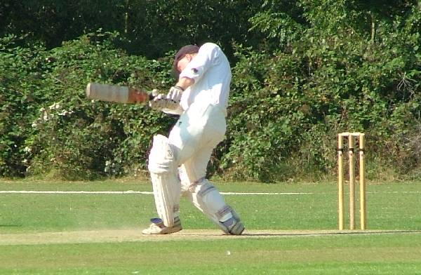 Dodgers v Buckhurst Hill 5 September 2004 - Neil Priest