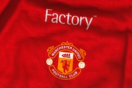 Factory Records / Manchester United T-Shirt [picture credit: The Factory Image Banque