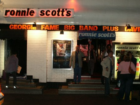 The Durutti Column - Ronnie Scott's, London, 26 September 2004; club exterior on the night