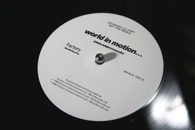 WFACX 293 A World In Motion; advance DJ copy label detail